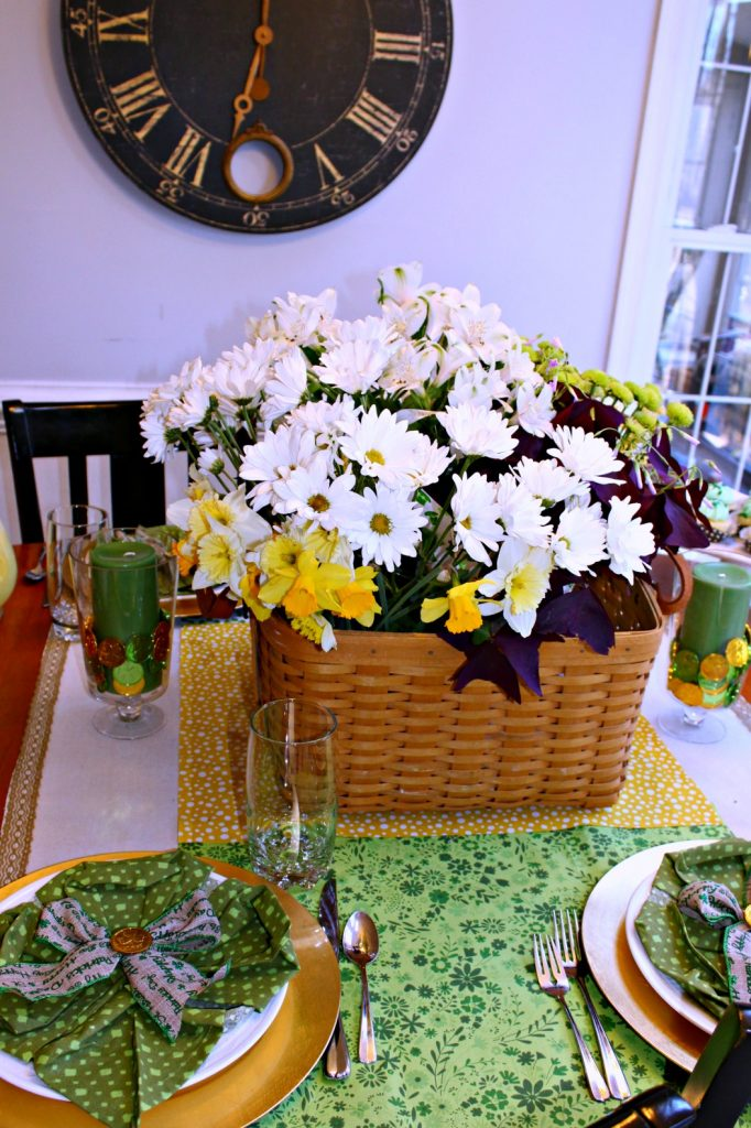 st patricks day table decorations inexpensive timeless. Black Bedroom Furniture Sets. Home Design Ideas